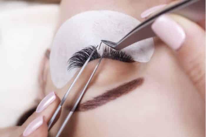 pose Extension de cils rochefort institut de beauté rochefort