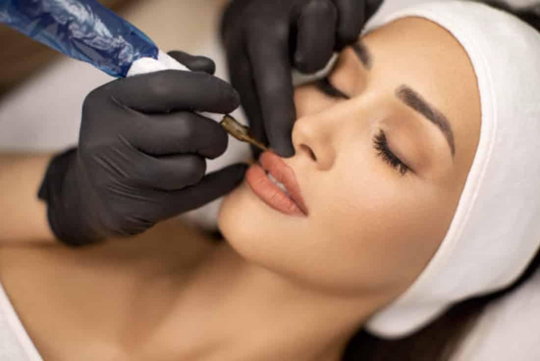 maquillage semi permanent lèvre institut de beauté rochefort
